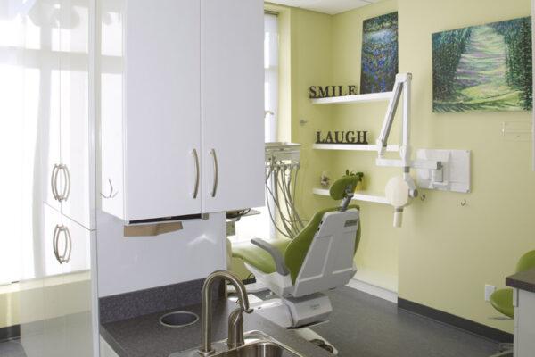 Dr. Desia Dentist Office-306